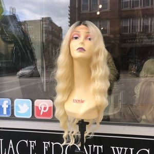 Blonde ombré Halloween 2019 Lacefront Wig wavy